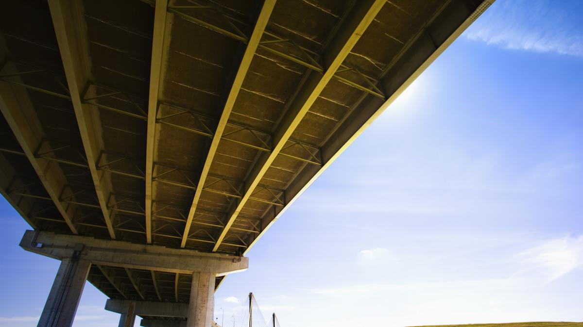 magányos híd