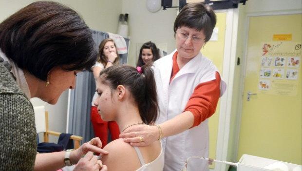 pattanások és paraziták kezelése papilloma kezelésére szolgáló gyógyszerek női véleményekhez