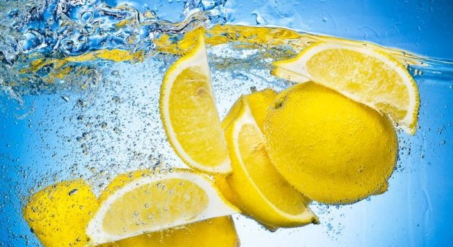 méregtelenítés citromos vízzel
